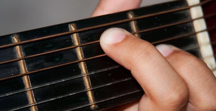 Best Bass Guitar for Big Hands